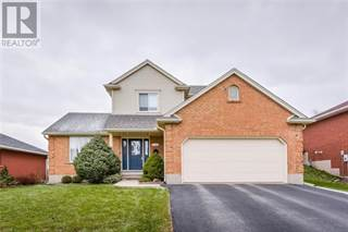 Single Family for sale in 37 BONNIEWOOD Drive, Mapleton, Ontario