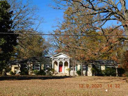 Residential Property for sale in 1303 E 1ST ST, Mount Pleasant, TX, 75455