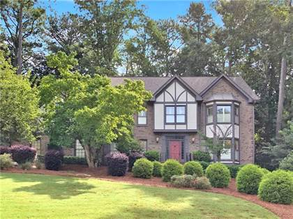 Residential for sale in 10225 Crescent Ridge Drive, Roswell, GA, 30076