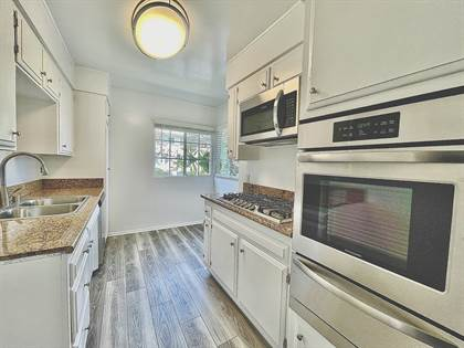 Apartment for rent in 300 S. Rexford Dr., Beverly Hills, CA, 90212