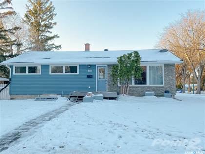 Residential Property for sale in 328 Frontenac DRIVE, Regina, Saskatchewan, S4S 4L4