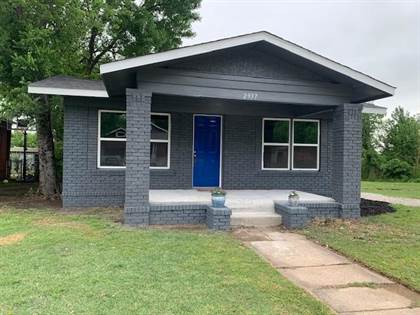 Residential for sale in 2937 Bomar Avenue, Fort Worth, TX, 76103