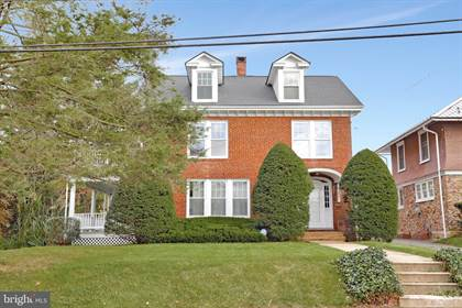 Residential Property for sale in 212 S SECOND ST, McConnellsburg, PA, 17233