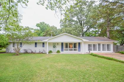 Residential Property for sale in 2100 Maple Dr, Starkville, MS, 39759