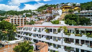Condo for sale in Copa de Oro  201 - Constitucion 450, Puerto Vallarta, Jalisco