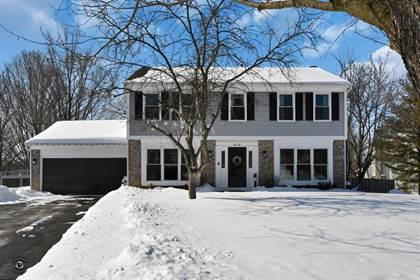 Residential Property for sale in 4019 Cottonwood Court, Island Lake, IL, 60042