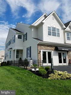 Residential Property for sale in 4550 WOODBRUSH WAY 310, Upper Macungie Township, PA, 18104