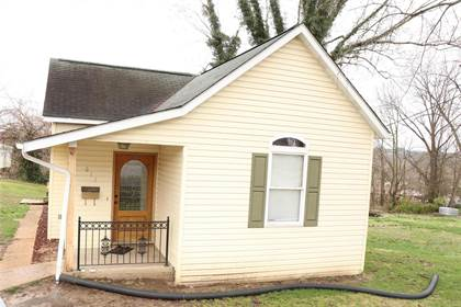 Residential for sale in 611 West Miller, De Soto, MO, 63020