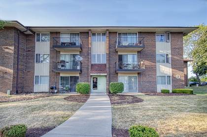 Residential Property for sale in 5S100 Pebblewood Lane D2, Naperville, IL, 60563