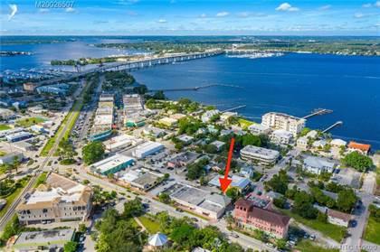 Residential Property for sale in 320 SE Denver Avenue, Stuart, FL, 34994
