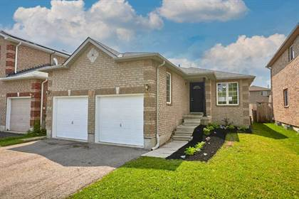 Residential Property for sale in 1 Sun King Cres, Barrie, Ontario, L4M 7J8