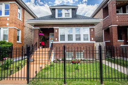 Residential Property for sale in 7013 South Maplewood Avenue, Chicago, IL, 60629