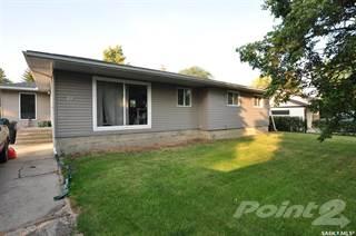 Residential Property for sale in 19 Logan CRESCENT W, Yorkton, Saskatchewan, S3N 0W1