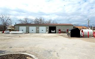Comm/Ind for rent in 1515 Willow Creek Dr, Iowa City, IA, 52246