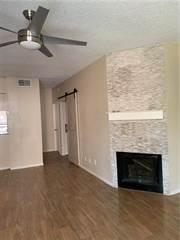 Condo for rent in 8545 Midpark Road 13, Dallas, TX, 75240
