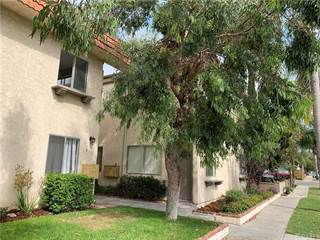 Townhouse for rent in 221 10th Street 2, Huntington Beach, CA, 92648