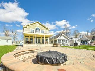 Long Island Real Estate Homes For Sale In Long Island Oh Point2