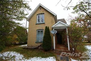 Residential Property for sale in 902 North Front STREET, Moosomin, Saskatchewan