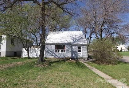 Residential Property for sale in 1702 Royal STREET, Regina, Saskatchewan, S4T 5A7