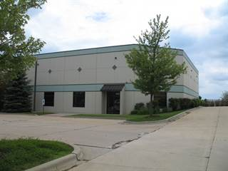 Comm/Ind for sale in 426-428 Treasure Drive, Oswego, IL, 60543