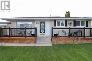 Single Family for sale in 44 Morrow Court NW, Medicine Hat, Alberta, T1A7B7