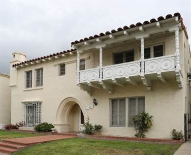 Apartment for rent in 132 Reeves Drive, Beverly Hills, CA, 90212