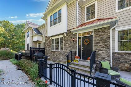 Residential Property for sale in 17 Carriage Gate Drive, Little Silver, NJ, 07739