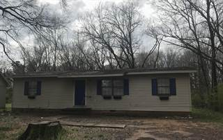 Single Family for sale in 208 Meadowbrook Cir, West Point, MS, 39773