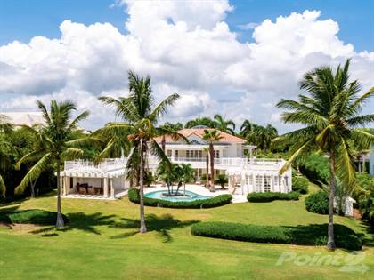 Residential Property for sale in Beautiful Villa 6BR with Golf Course view in exclusive community Arrecife, Punta Cana, La Altagracia