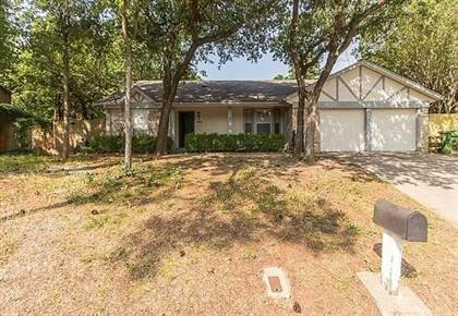 Residential Property for sale in 2806 Colleen Drive, Arlington, TX, 76016