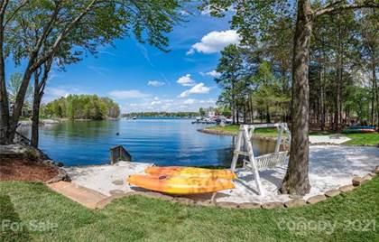 Residential Property for sale in 20512 Pointe Regatta Drive, Cornelius, NC, 28031
