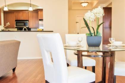 Apartment for rent in 10620 Whipple St., Los Angeles, CA, 91602