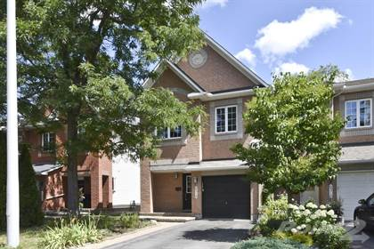 Prime For Rent 6318 Sablewood Place Ottawa Ontario K1C 7M3 More On Point2Homes Com Home Interior And Landscaping Ologienasavecom