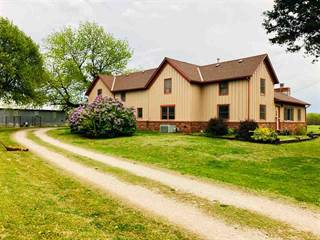 Single Family for sale in 22046 71st RD, Winfield, KS, 67156