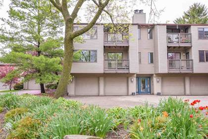 Residential Property for sale in 12 Oak Grove Dr, Madison, WI, 53717