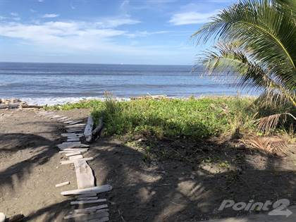 For Sale: Beachfront House in Playa Tivives, Esparza, Puntarenas - More on  POINT2HOMES com