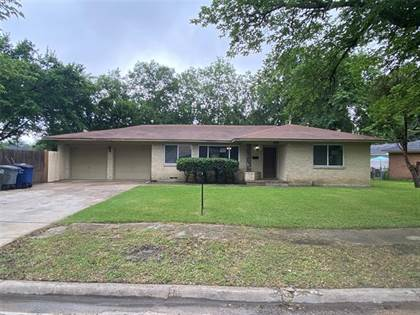 Residential for sale in 1352 Dell Oak Drive, Dallas, TX, 75217