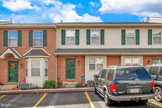 Photo of 305 COUNTRY CLUB ROAD, Red Lion, PA