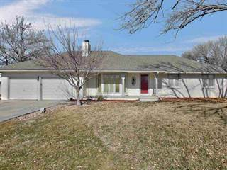 Single Family for sale in 852 Trinity Ct, Newton, KS, 67114