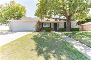 Single Family for sale in 1306 Bellaire Street, Bowie, TX, 76230
