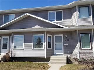 Townhouse for sale in 5406 45 Street, Lacombe, Alberta, T4L 1H1