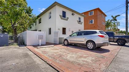 Multifamily for sale in 870 SW 3rd St, Miami, FL, 33130