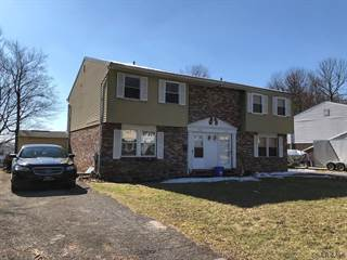 Townhouse for sale in 262 Marietta Drive, Greater Oakland, PA, 15904