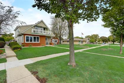 Multifamily for sale in 7810 W Howard Ave 7810A, Milwaukee, WI, 53220