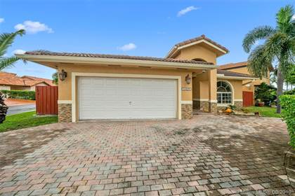 Residential for sale in 14429 SW 46th Ter, Miami, FL, 33175