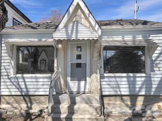 Residential for sale in 455 Martin Avenue, Winnipeg, Manitoba, R2L 0C2