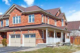 Townhouse for sale in 52 Blue Sky Trail, Waterdown, Ontario