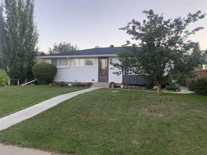 Single Family for sale in 15718 86 AV NW, Edmonton, Alberta, T5R4C4