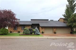 Residential Property for sale in 142 Lakeshore CRESCENT, Saskatoon, Saskatchewan