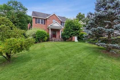 Residential Property for sale in 3 COACHLIGHT DRIVE, Poughkeepsie Town, NY, 12603